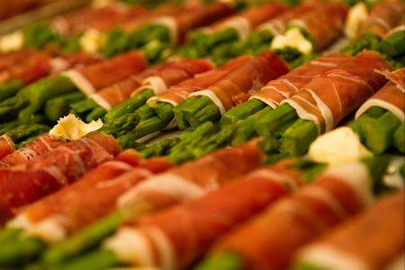 083_HannoGibbons_Dinner (2).jpg